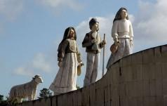 Portugalia: do Fatimy napływają wiadomości o cudach dziejących się za wstawiennictwem s. Łucji
