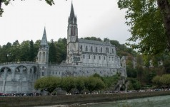 Wizyta papieża połączy Fatimę z Lourdes