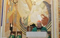 Kard. Dziwisz: tajemnicą serca Jana Pawła II jest miłość