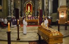 Legnica: Uroczystości pogrzebowe bp. Tadeusza Rybaka