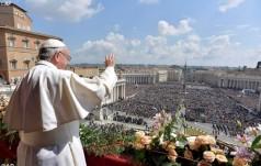 Franciszek - Urbi et Orbi: Niech Zmartwychwstały Chrystus da pokój w naszych czasach!