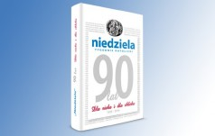 """Księga pamiątkowa na 90-lecie tygodnika """"Niedziela"""