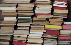 Kraków: zbiórka książek do Mobilnej Biblioteki dla Bezdomnych