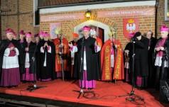 Abp Jan Romeo Pawłowski w Gnieźnie: czy Polak nie może być Polakowi bratem?