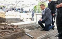 Prezydent na wyklętych grobach