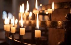 Stalowa Wola: biskup wraz z wiernymi modlił się za poszkodowanych przez nożownika