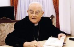 Abp Hoser: Ojcostwo i macierzyństwo duchowe to integralne części chrześcijańskiego powołania