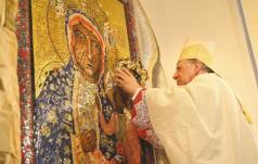 Za Maryją do Jezusa