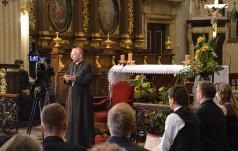Abp Jędraszewski podczas Dialogów u św. Anny: Spójrz w oczy osobie, która prosi cię o pomoc