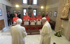 Watykan: Franciszek z nowymi kardynałami odwiedzili Benedykta XVI