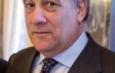 """Przewodniczący PE: czołgi nie powstrzymają migracji o """"biblijnych rozmiarach"""""""