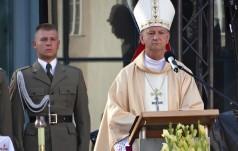 Bp Guzdek: prośmy Boga o ducha zgody i współpracę we wszystkich wymiarach życia społecznego i narodowego