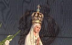 Abp Hoser: Maryja ostrzega nas, że świat odrzucający Boże Prawo skazany jest na zagładę