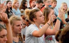 Ks. Parafiniuk dla KAI: duszpasterzem młodzieży powinien być każdy ksiądz