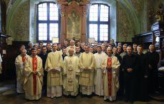 """Jasnogórska modlitwa za """"Niedzielę"""", KWC i o powołania kapłańskie"""