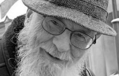 Zmarł Profesor Walery Pisarek – Mistrz Słowa