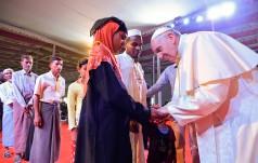 Komentarze po spotkaniu papieża z ludem Rohindża