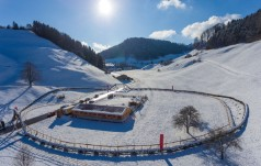 Szwajcaria: największy na świecie wieniec adwentowy