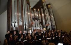Biskup Legnicki pobłogosławił nowe organy w Legnicy