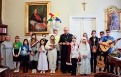 Radość Bożego Narodzenia i pomoc dzieciom