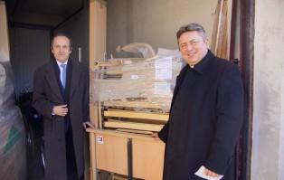 Dwa nowe łózka dla wrocławskiej Caritas