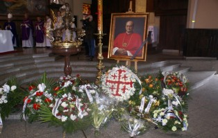 Ostatnie pożegnanie ks. prał. Czesława Mazura