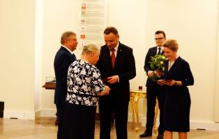 Medal prezydencki dla państwa Popiełuszków
