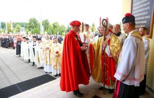 Konsekracja Kościoła Św. Rodziny na Kalwarii w...
