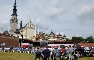 Mężczyźni z całej Polski w oblężeniu Jasnej...