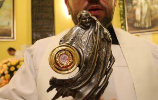 Instalacja relikwii I stopnia św. Jana Pawła II...