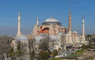 Turcja: Bazylika stanie się meczetem. Ból chrześcijan,...