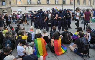 Komenda Stołeczna Policji opublikowała film z piątkowych...