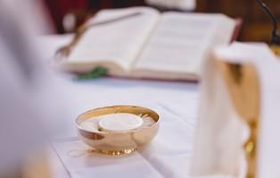 Dyspensy od obowiązku uczestnictwa we Mszy św. w...