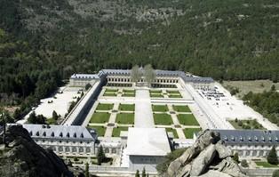Hiszpania: rząd zamierza usunąć benedyktynów z Doliny...