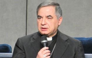 Papież przyjął zrzeczenie się praw kardynała i urzędu...