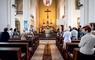 Przewodniczący KEP:  Kościół nie może być na...