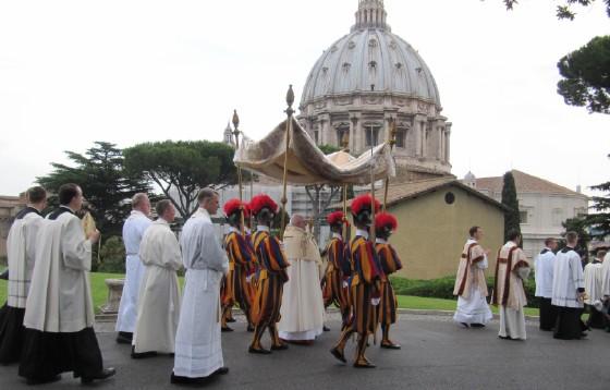 Zmiany w procesji Bożego Ciała w Rzymie