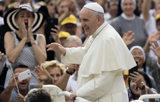 Papież Franciszek: Kościół jest i powinien być Bożą rodziną