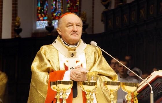 Prymas Glemp był pasterzem, sługą i wiernym szafarzem Bożych tajemnic