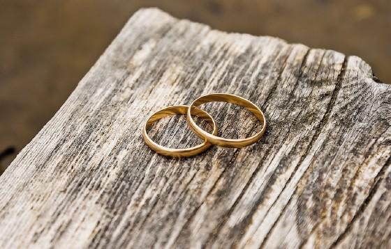 Przewodniczący Rady KEP ds. Rodziny zachęca <br>do odnowienia przyrzeczeń małżeńskich