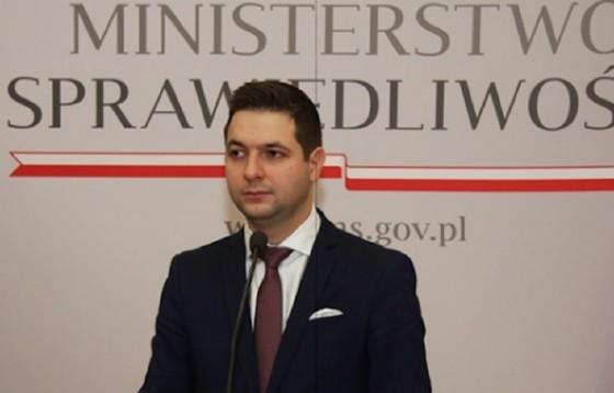 Minister interweniuje ws. 21-latka opiekującego się rodzeństwem