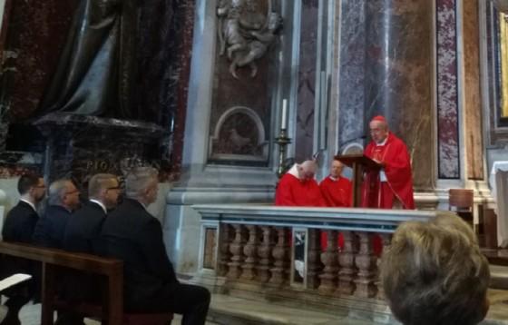 Modlitwa  za Europę Środkową przy grobie św. Jana Pawła II