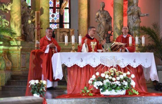 75 lat ojców jezuitów w Toruniu