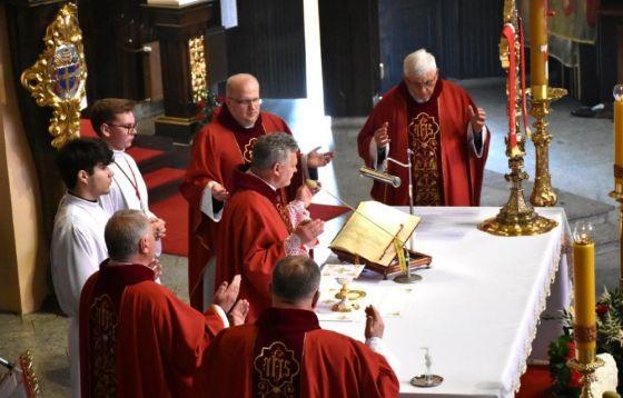 Duch Święty przychodzi w Eucharystii