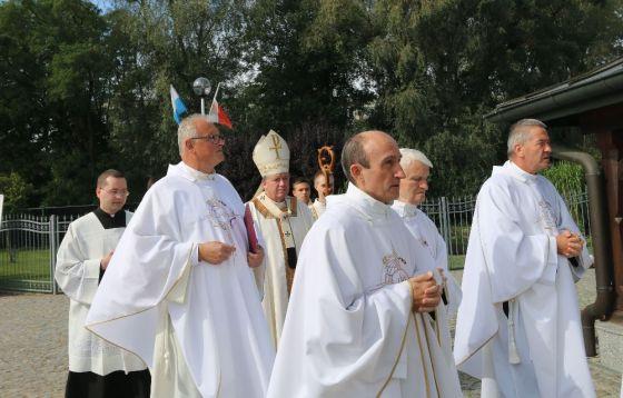 Poświęcenie kościoła w Skarbimierzu-Osiedlu