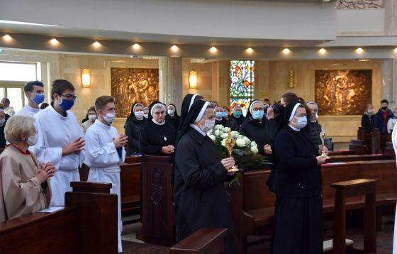 Wprowadzenie relikwii św. Elżbiety Węgierskiej i bł. Marii Luizy Merkert