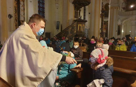 Roraty w kościele pw. Wniebowzięcia NMP w Żaganiu