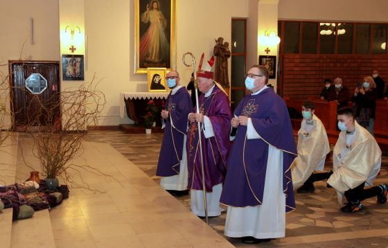 Łódź: Kościół stacyjny jest zaproszeniem do wspólnej modlitwy