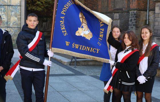 W Świdnicy młodzi uczcili św. Jana Pawła II
