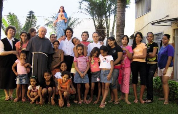 Służba dla brazylijskich peryferii